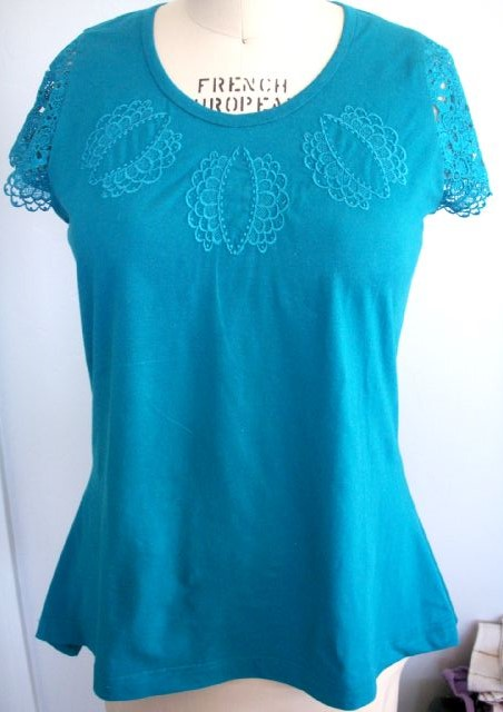Lace Sleeved Embroidery Top