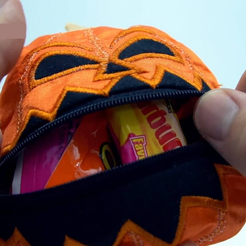 In-the-hoop embroidery Halloween bag with zipper insertion