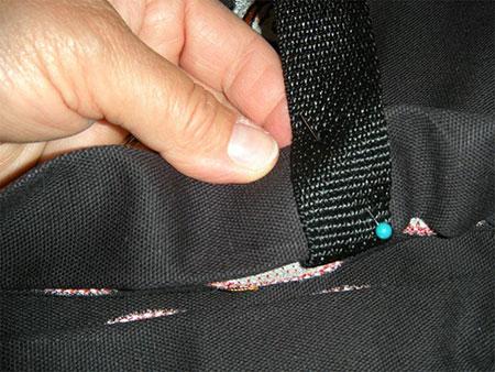pinning strap on easy diy halloween trick or treat bag