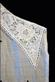 AIML13 lace collar