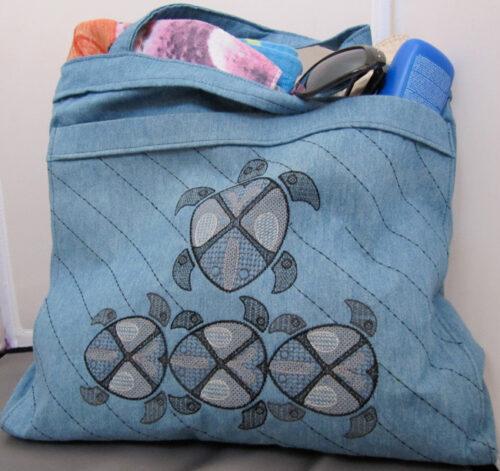 jacobean sea turtle bag
