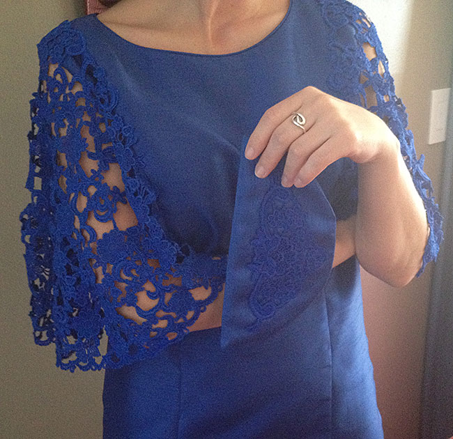 freestanding lace and clutch