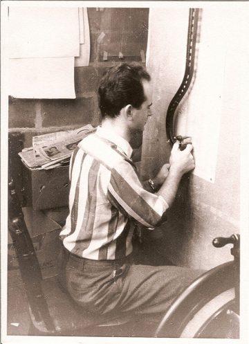 Schiffli Master Embroidering Freestanding Lace