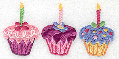 Embroidery Design: Cup cake trio large 4.98w X 2.44h