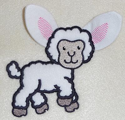 Embroidery Design: Lamb applique 4.00w X 4.44h