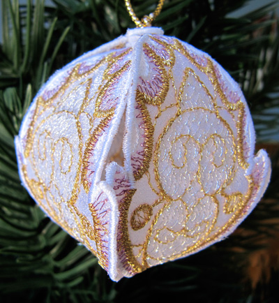 Embroidery Design: Christmas Ornament 1 small 4.99w X 4.99h