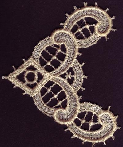 Embroidery Design: Lace 3rd Ed. Vol.3 no.402.69w X 3.37h