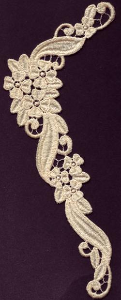 Embroidery Design: Lace 3rd Ed. Vol.1 no.633.54w X 8.19h