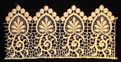 "Embroidery Design: Vintage Lace Edition 5 Vol.3 AINL48B  8.92""w X 4.26""h"
