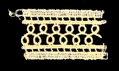 "Embroidery Design: Vintage Lace Edition 5 Vol.5 AINL51A  2.71""w X 1.49""h"