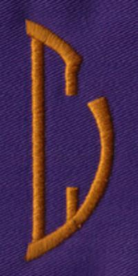 """Embroidery Design: SM Right C0.94"""" x 2.62"""""""