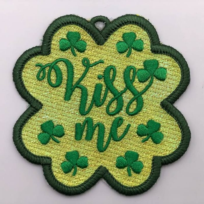 Kiss me clover embroidery patch